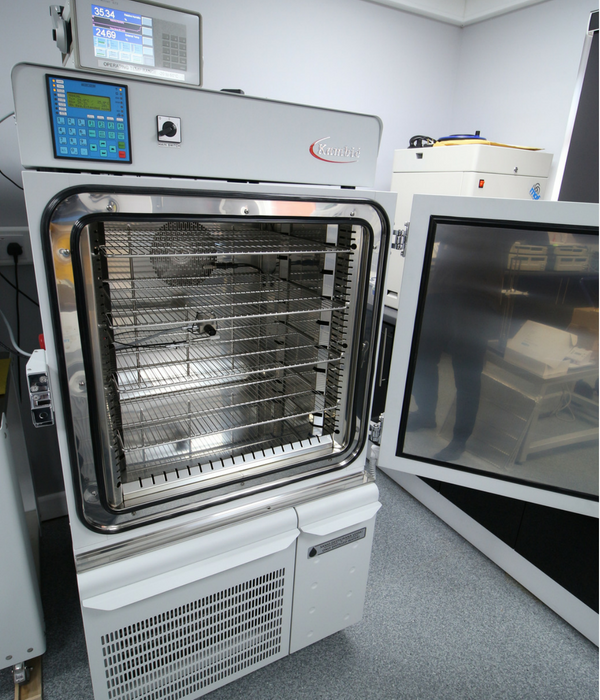 Kambic 190L environmental chamber